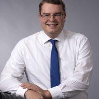 Mag. Dr. Bernd Langensteiner