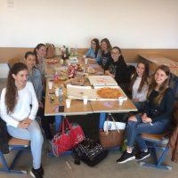 Pasta, Pizza, Grissini, Prosciutto e Caprese, buon appetito!